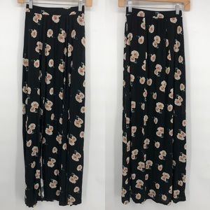 Forever 21 High Slit Floral Maxi Skirt
